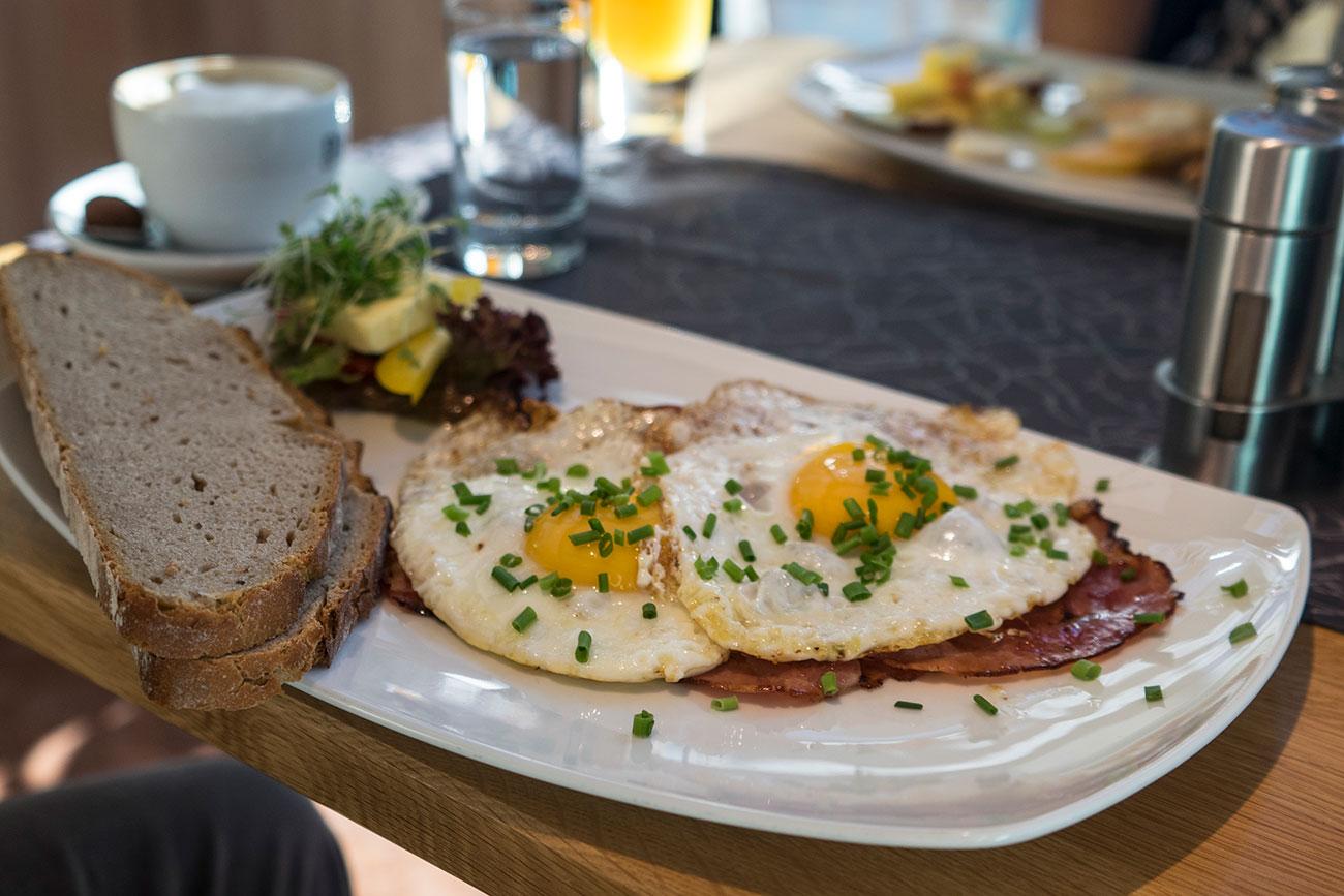 """Ökohof Feldinger """"Ham & Eggs"""" (c) STADTBEKANNT Zohmann"""