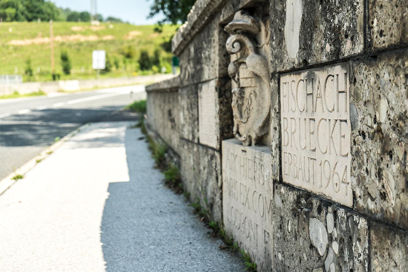 Fischach-Brücke (c) STADTBEKANNT Zohmann