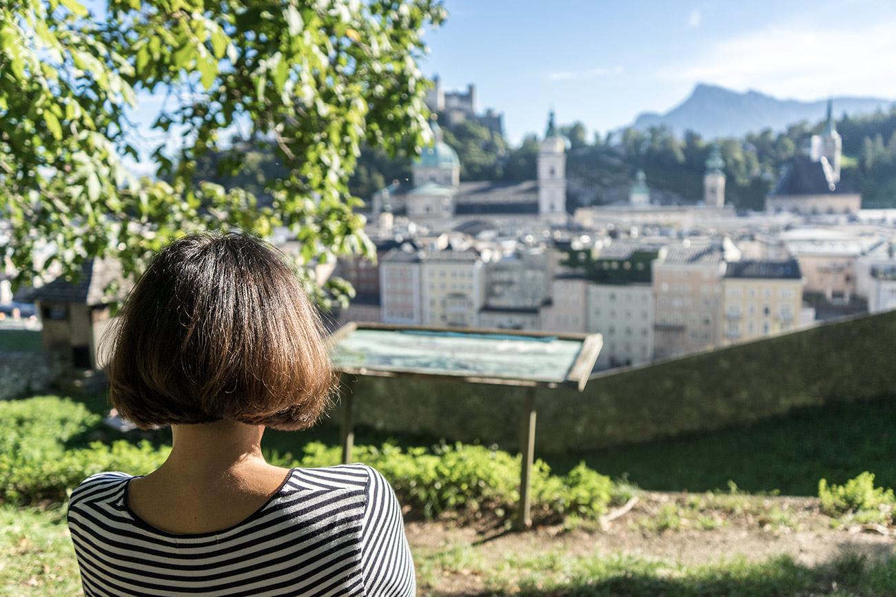 Lilos Platz am Kapuzinerberg mit Aussicht (c) STADTBEKANNT Zohmann