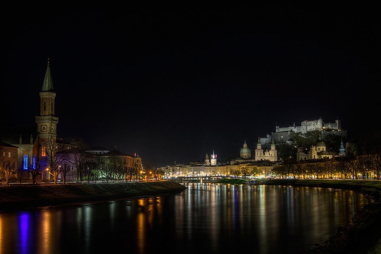 Salzburg bei Nacht (c) STADTBEKANNT Zohmann