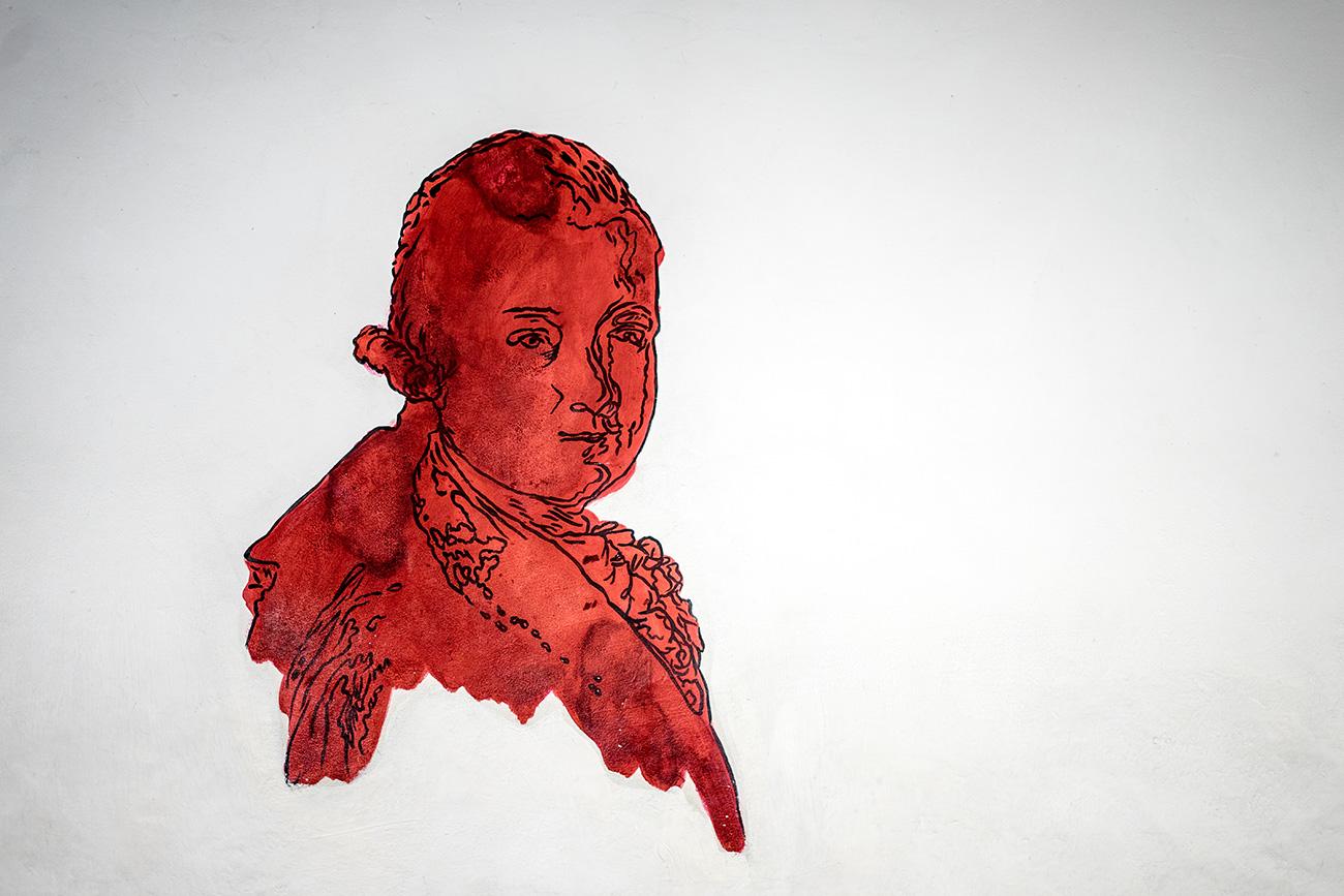 Mozart Malerei beim Aufgang zum Geburtshaus (c) STADTBEKANNT Zohmann