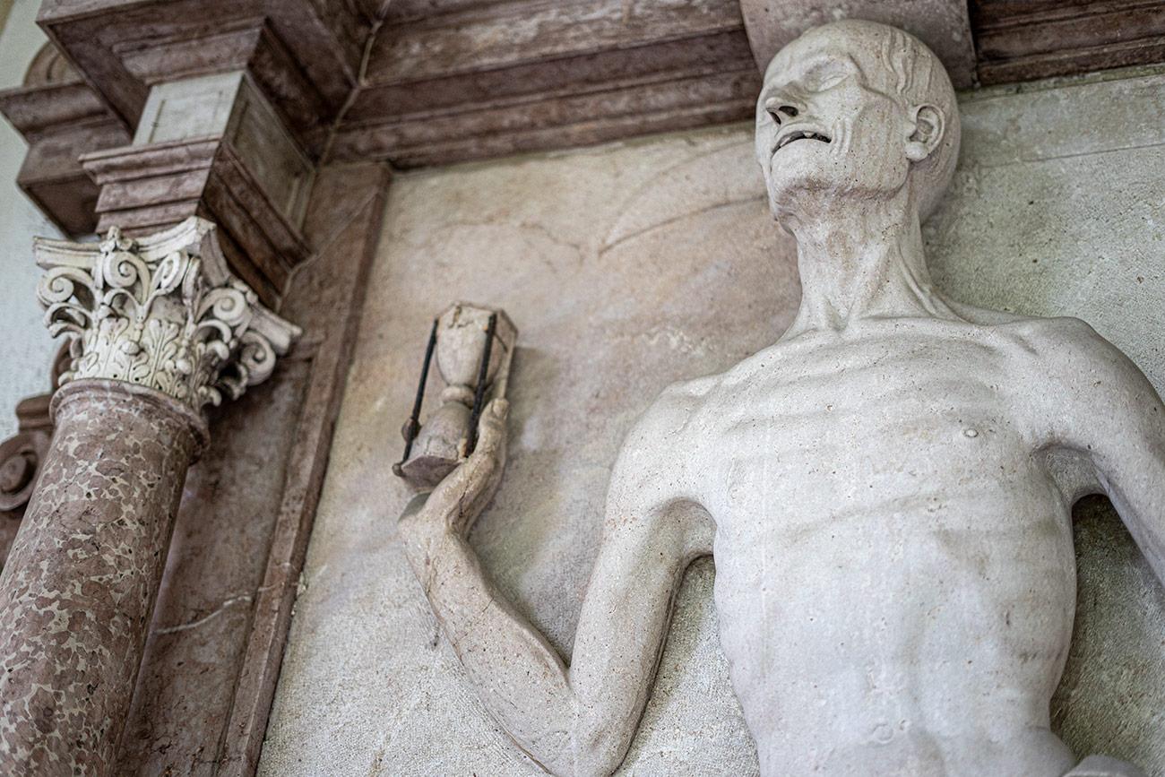 Der Sensenmann am Sebastiansfriedhof (c) STADTBEKANNT Zohmann