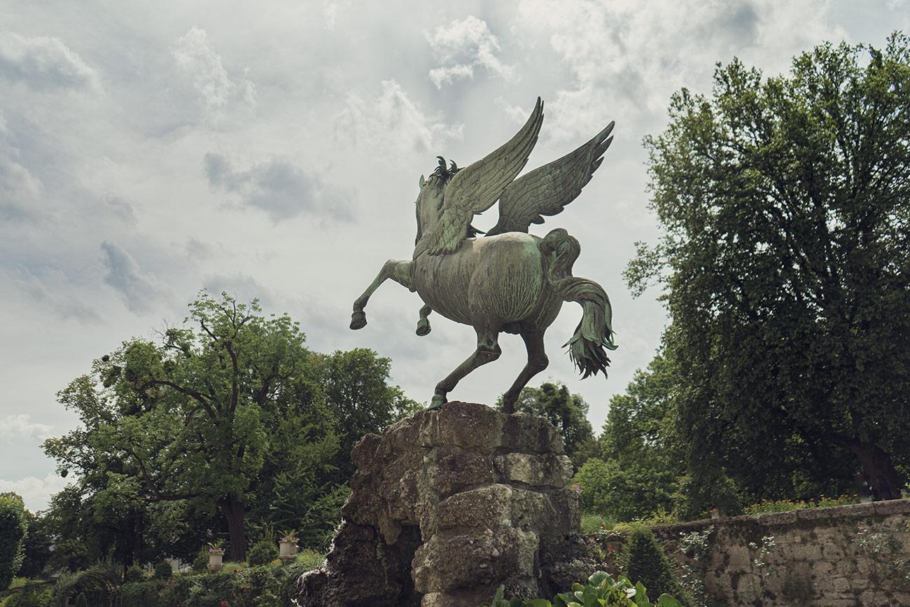 Pegasus im Mirabellgarten (c) STADTBEKANNT Zohmann